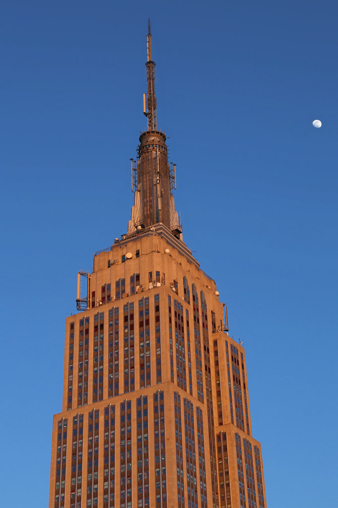 Empire State Building with the Moon